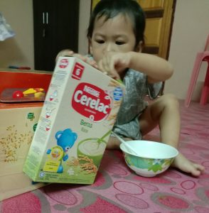 nestle-cerelac-baby-opening-packet